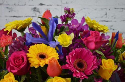 59.Casket Flowers Bright
