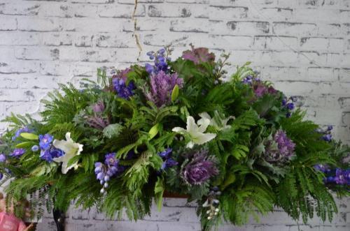 9.Casket flowers