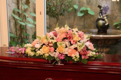 45.Half casket pastel mixed seasonal